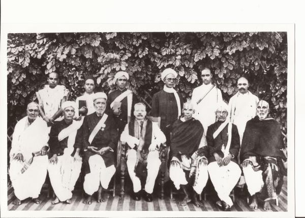 Picture of a number of unknown Tamil Scholars
