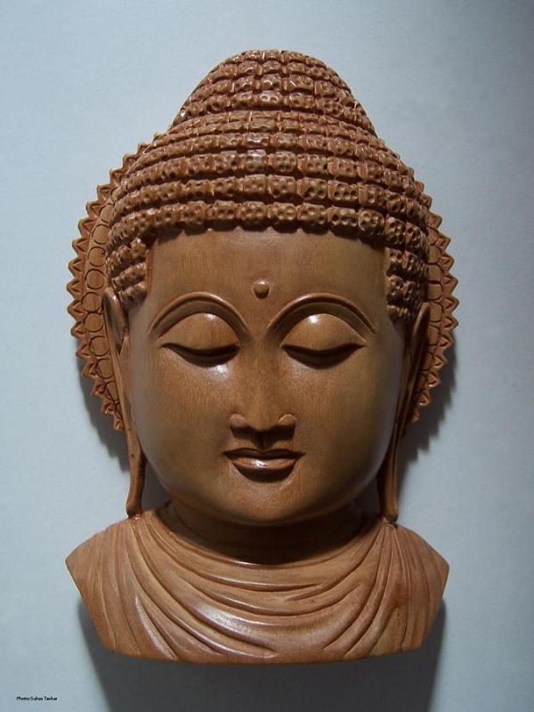 sandalwood-buddha-