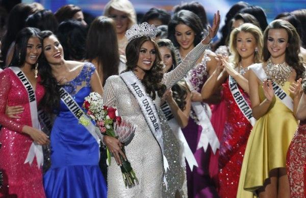 B_Id_437744_Miss_Universe