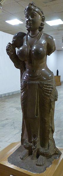 214px-Didarganj-Yakshi-3bc-Patna