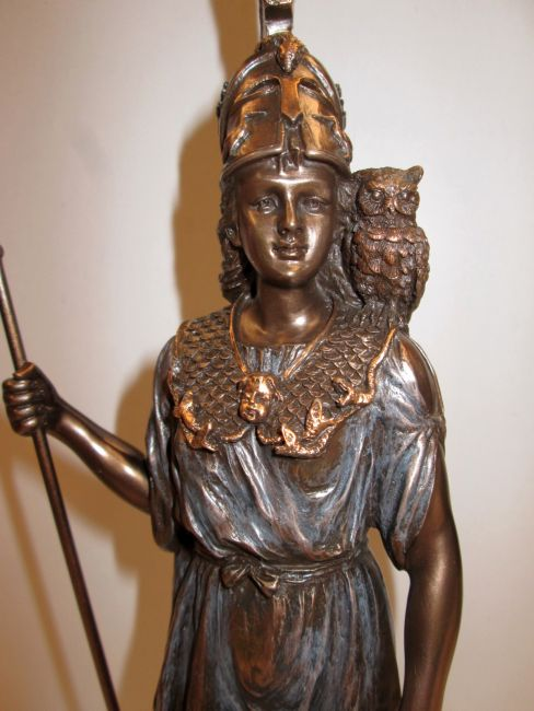 athena-owl-spear-face-tl-3196