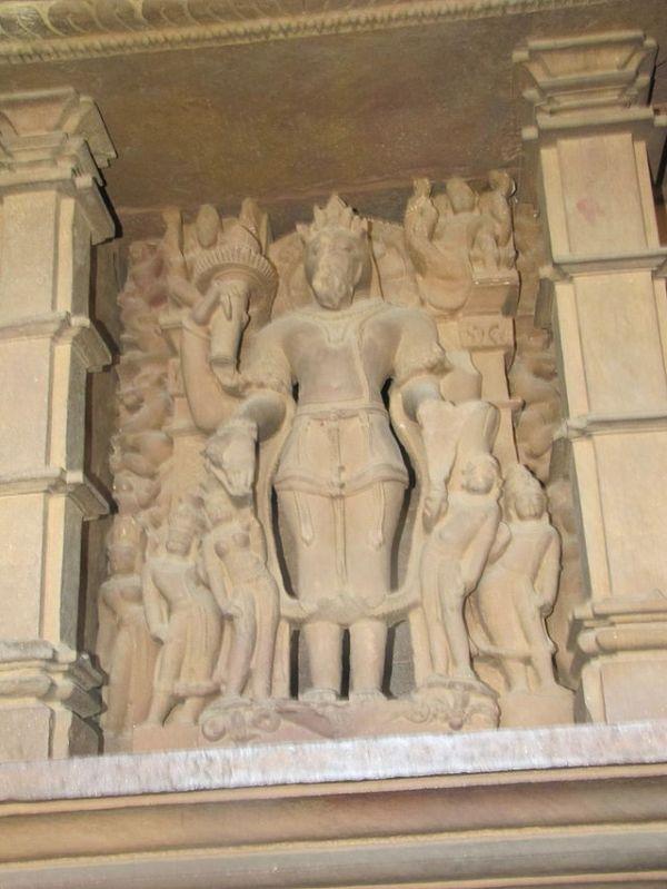 Khajuraho_India,_Lakshman_Temple,_Sculpture_12
