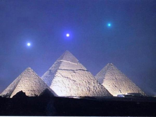 pyramids stars