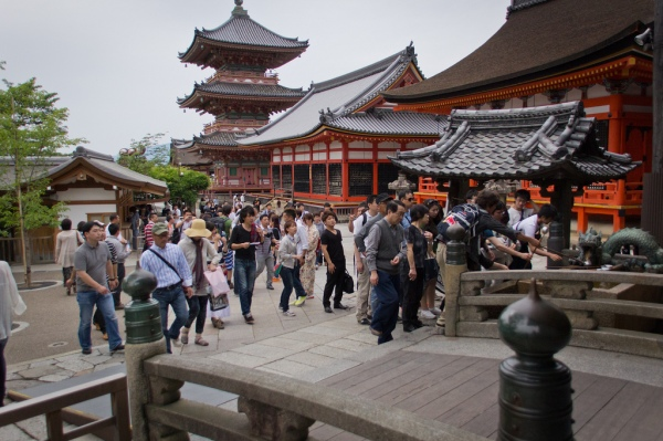 kiyomizudera_temple_kyoto