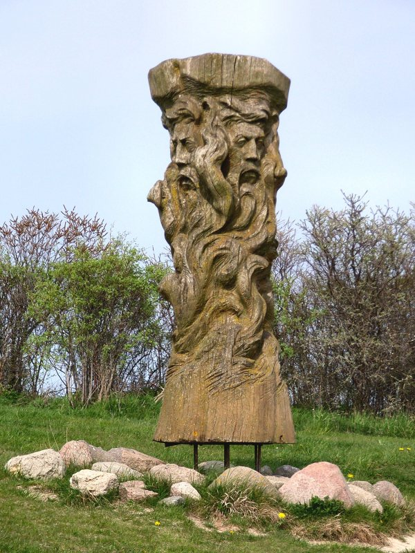 Svetovid-Statue-Ruyan-Island-
