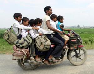 family-motorcycle-india