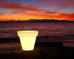 led-outdoor-planter-light