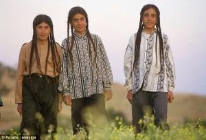 09f7f-yazid-boys-plait-like-girls