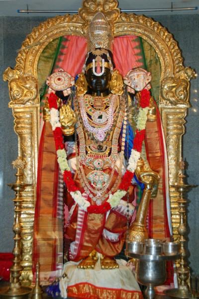 05Varadharaja400X600