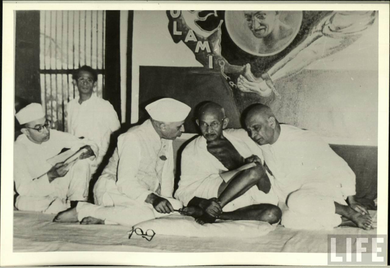 Jawaharlal-Nehru-Mahatma-Gandhi-and-Sardar-