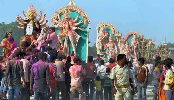 Durga puja in Allahabad