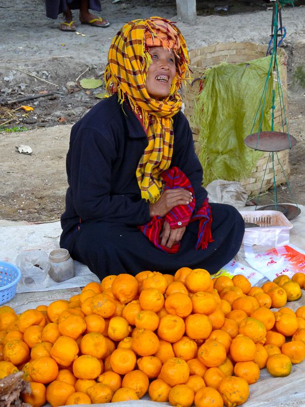 Happy-Orange-Vendor-