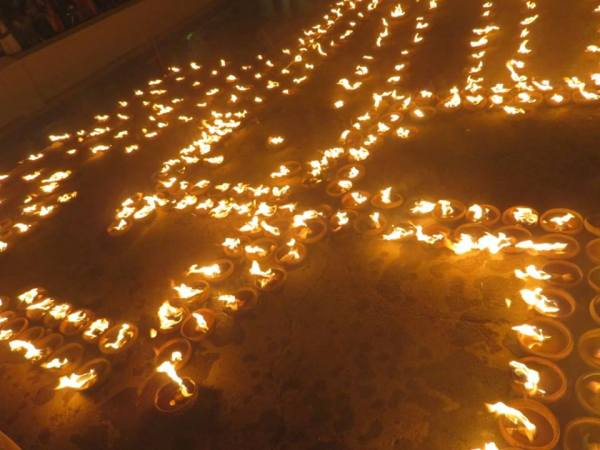 swastik, om lamps, kotipali shivratri