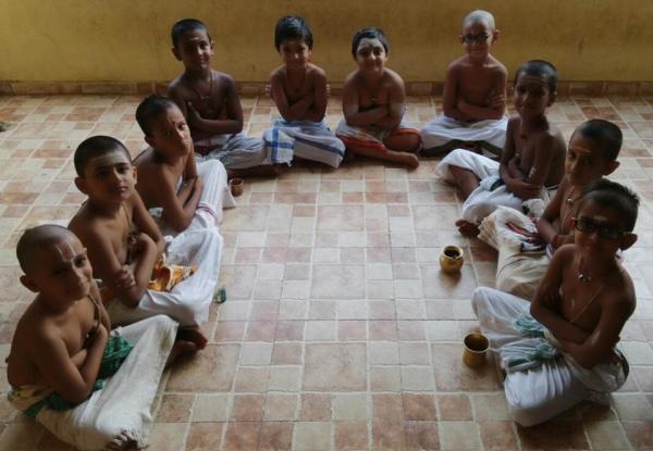 little vedic pundits