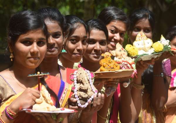 vinayaka girls