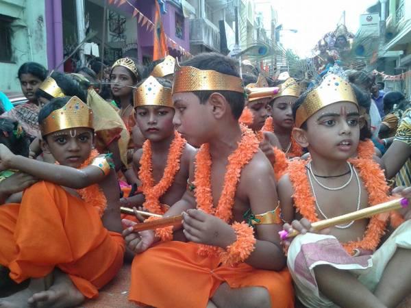 krishna-saffron-2