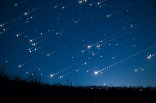 meteor_shower-shooting_stars-istock_81472339