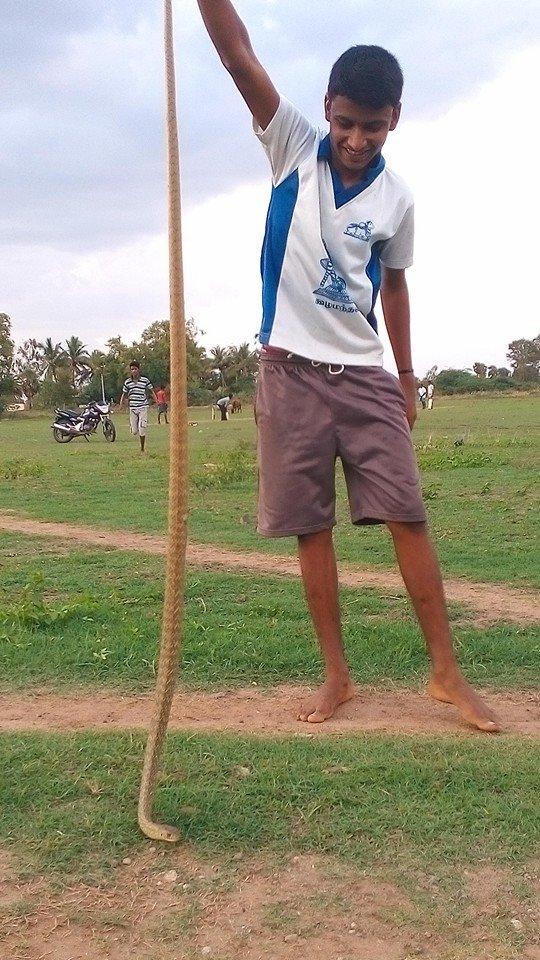 snake-nandhu-fb