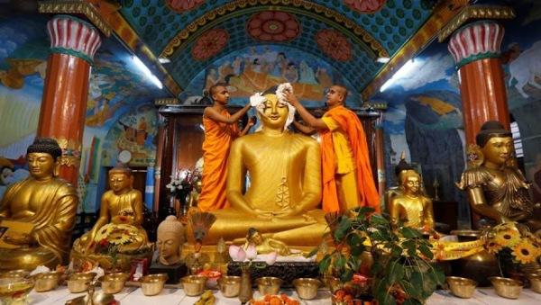 a6685-buddha2bkolkata252c2bht1.jpg?w=600